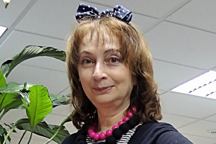 Наина Величко