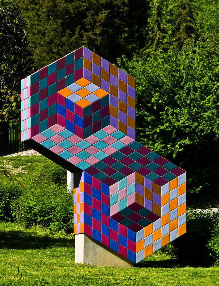 Одна из работ Вазарели в Венгрии