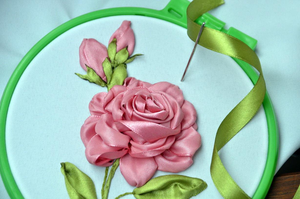 Мастер класс вышивка лентой цветы из лент